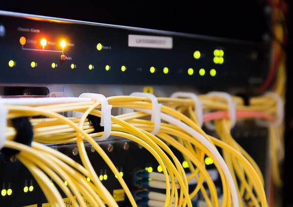 Network Fiber Switch